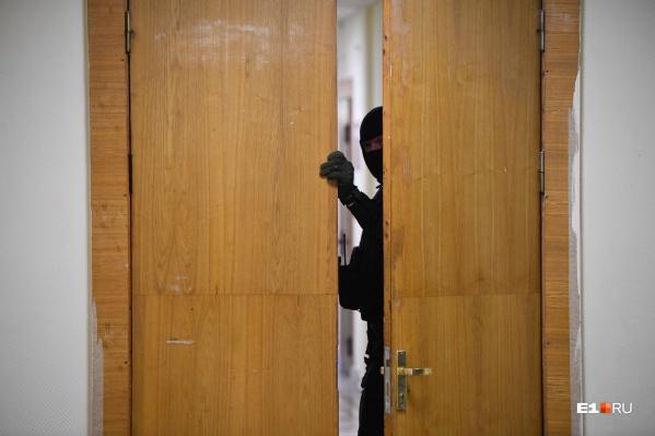 Мужчина втерся в доверие к пенсионерке, убил ее и после этого отсудил квартиру себе