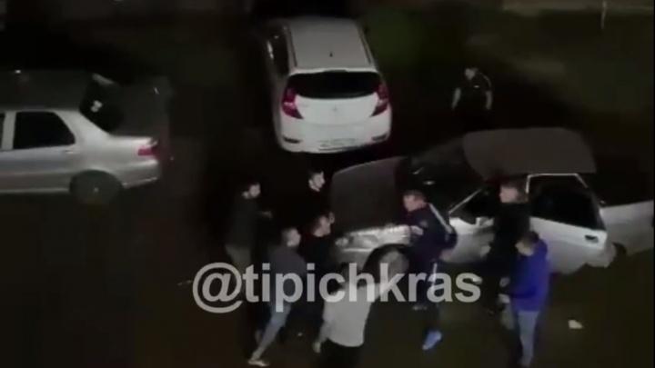В Музыкальном микрорайоне Краснодара ранили ножом мужчину во время драки