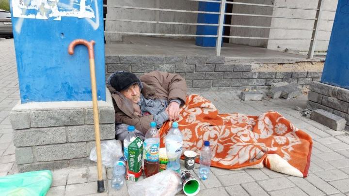 В Нижнем Новгороде неходячий пенсионер после больницы оказался на улице. Мы узнали почему