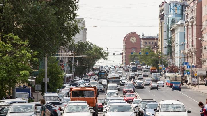 Сотни ростовчан ежедневно перебегают Ворошиловский проспект, там нужны «зебры» — «Горпроекты»