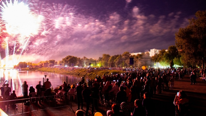 Стало известно, когда в Омске пройдет фейерверк ко Дню города