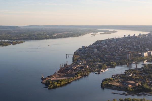 Порт на этой площадке хотят заменить модным жильем и набережной