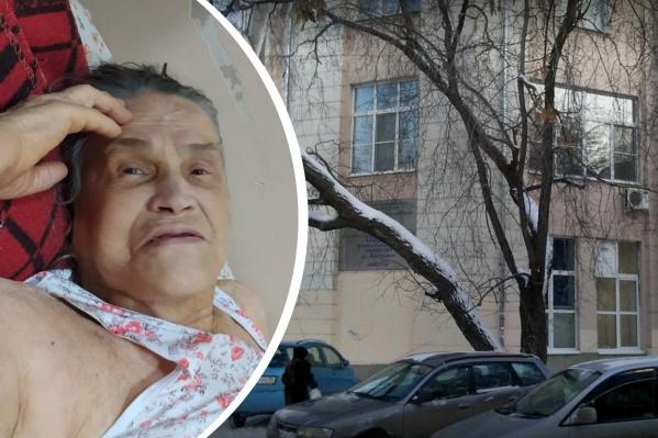 """Нина Затеевна рассказала, что живет на Юго-Западе с <nobr class=""""_"""">23-летним</nobr> внуком"""