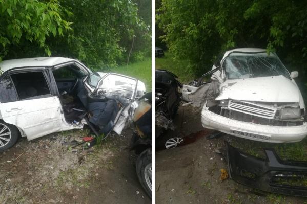 Водитель не справился с управлением и авто вынесло на встречку