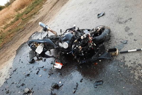 Всё, что осталось от мотоцикла