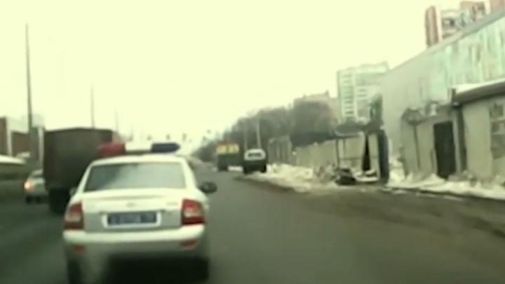 Группа разбора: автомобилист схлестнулся с машиной ДПС — выясняем, справедливо ли его обвинили