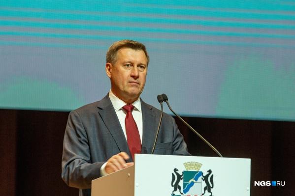 Мэр Новосибирска не имеет полномочий сделать вакцинацию обязательной