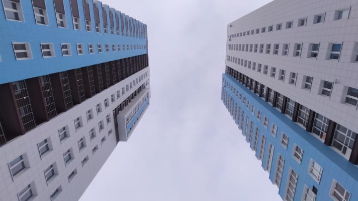 В Омске сдали первый дом в этом году. Это 22-этажная высотка на Левобережье