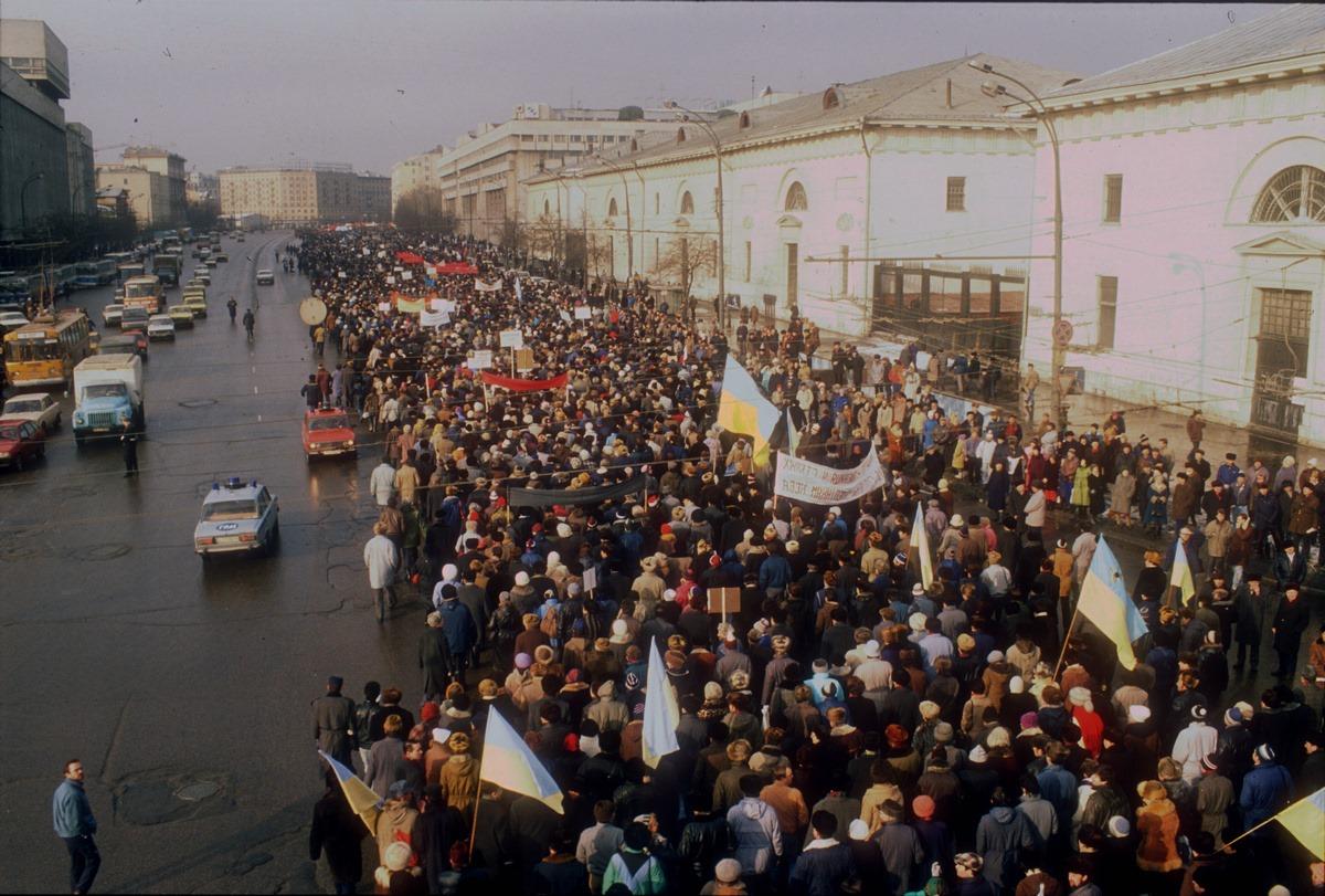 Шествия конца 1980-х годов были в основном мирными
