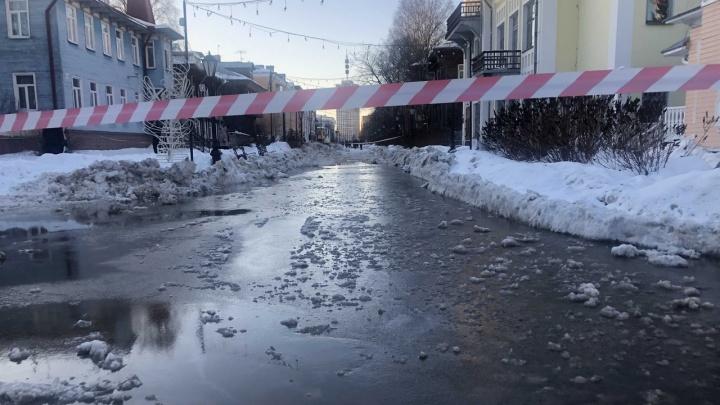 В Архангельске залило часть Чумбаровки. В РВК объяснили, что произошло на проспекте