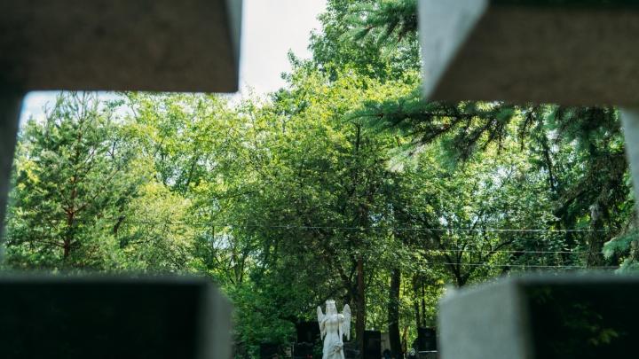 В мэрии Омска заверили, что мест на кладбищах хватает