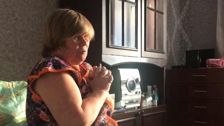 Из гаража в квартиру: тюменцы помогли женщине с инвалидностью, которая жила в крохотном самострое