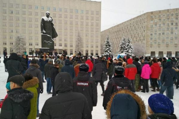 Перед арестом Алексей Навальный успел записать ролик, в котором призвал людей выходить на улицы