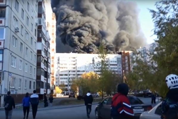 Пожар в Тюмени, что горит в Тюмени, 30 сентября 2021 года. Что горит в Тюмени на Широтной, пожар на Войновке | 72.ru - новости Тюмени