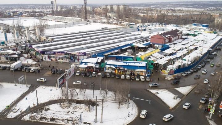 В Волгограде приставы потребовали снести Тракторный рынок