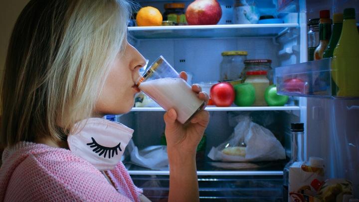 Холодильник против бессонницы: 5 продуктов, которые помогут заснуть