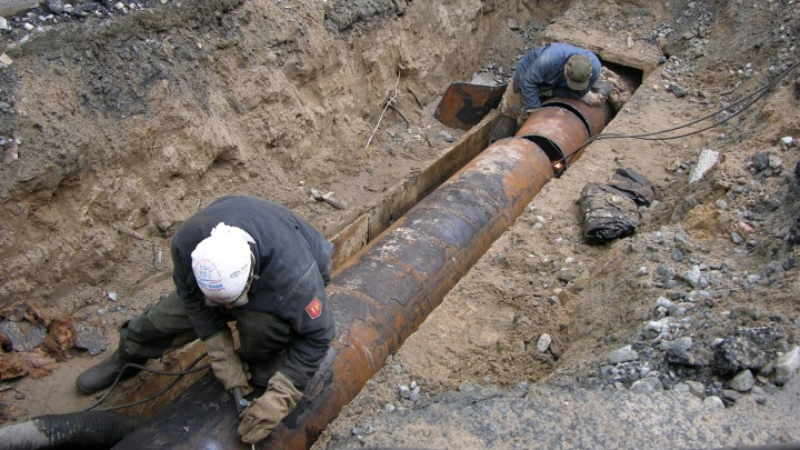 В Архангельске на неделю перекрыли участок по проспекту Обводный канал