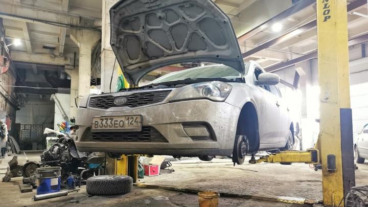 Владелец двух «Мерседесов» не дождался окончания ремонта машин и похитил механика