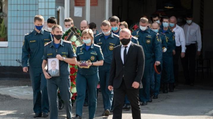 Волгоградского пожарного, погибшего при взрыве на АЗС, посмертно наградили орденом Мужества