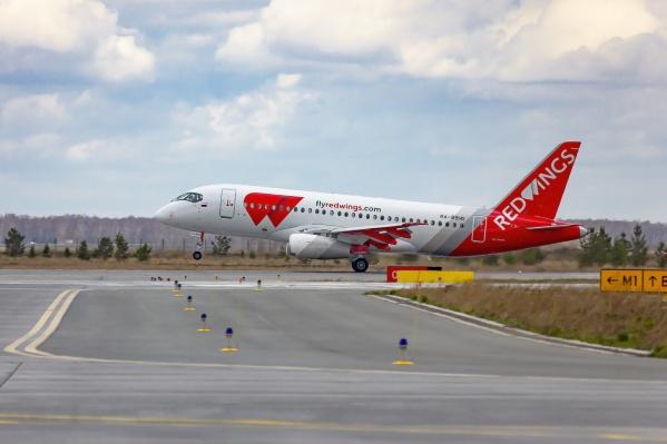 Перелеты будет осуществлять новейший российский лайнер SSJ100