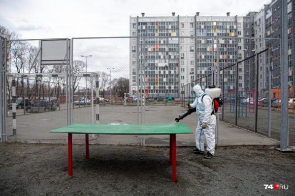 Власти Челябинска решили вернуться к прошлогодней практике борьбы с вирусом, но о дым-машинах речи пока не идет