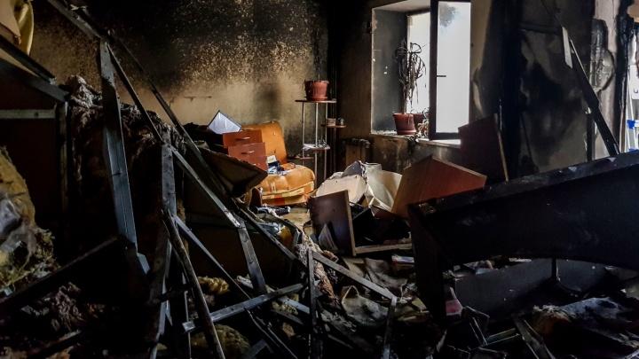 Мама оставила свечку и ушла провожать подругу: под Волгоградом погибла в огне двухлетняя девочка