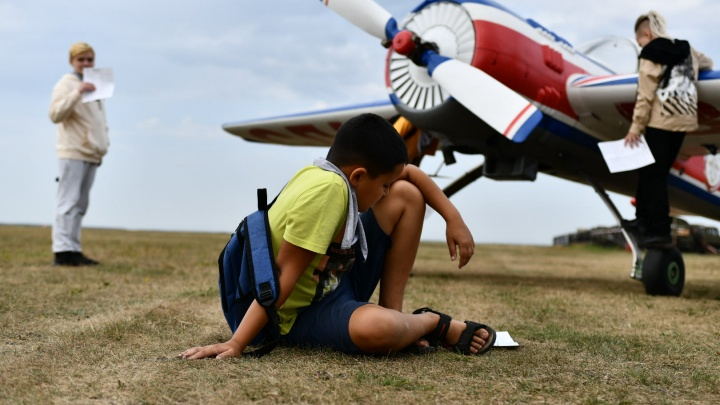 Аэродром Логиново открыли для детей. Публикуем фоторепортаж со «Дня Авиатора»