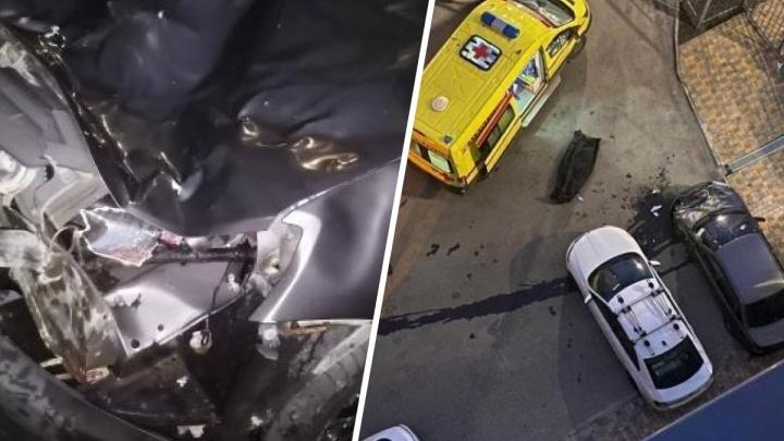 В Екатеринбурге мужчина упал с 20-го этажа прямо на новую машину