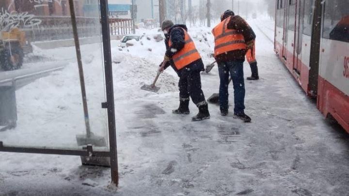С «Бионордом» и солью: в мэрии Самары рассказали, как убирают город от снега
