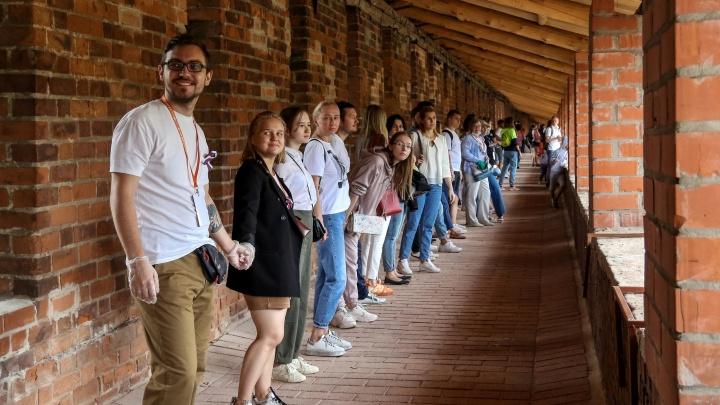 Новые открыточные виды и ступеньки высотой по колено. Фоторепортаж со стен Нижегородского кремля