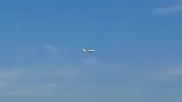 В Кемерово приземлился спецборт Ту-214. На таком летает президент