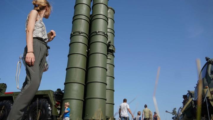 Орудие за 500 млн долларов: под Самарой открылся форум «Армия-2021»