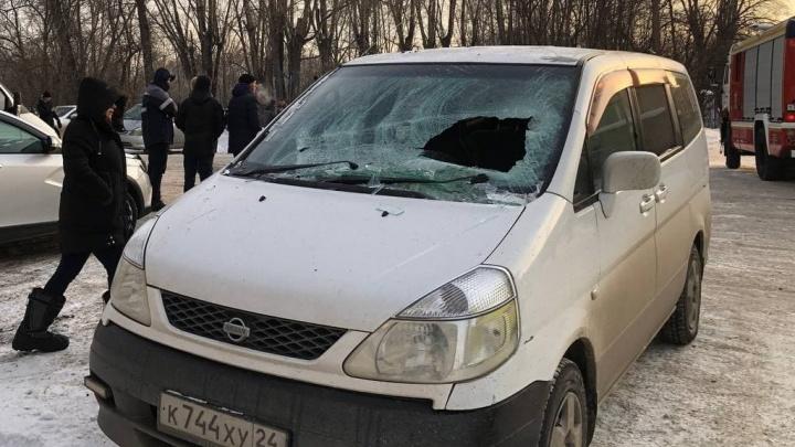На Пограничников взорвался и сгорел огромный склад ГСМ — репортаж в режиме онлайн