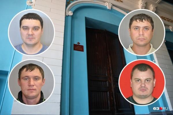 Предполагаемые члены банды свою вину не признавали