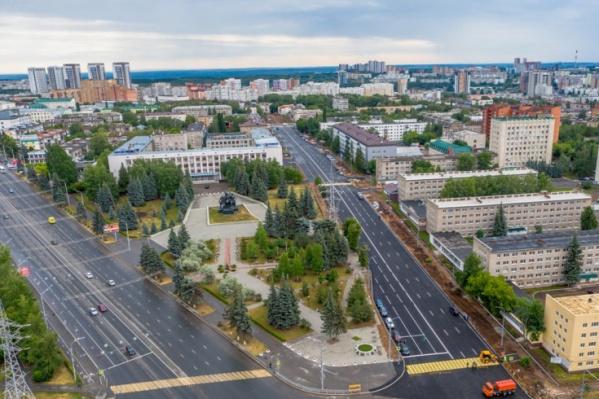 """Всего на ремонт улиц Комсомольской и <nobr class=""""_"""">8 Марта</nobr> потратили почти миллиард рублей"""