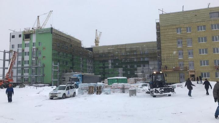 Сергей Цивилёв побывал на месте стройки инфекционки в Новокузнецке. Срок ее сдачи опять перенесли