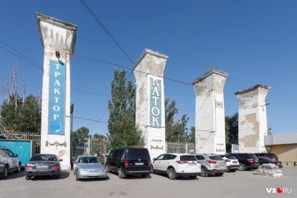 Входную группу признали объектом культурного наследия и пообещали сохранить