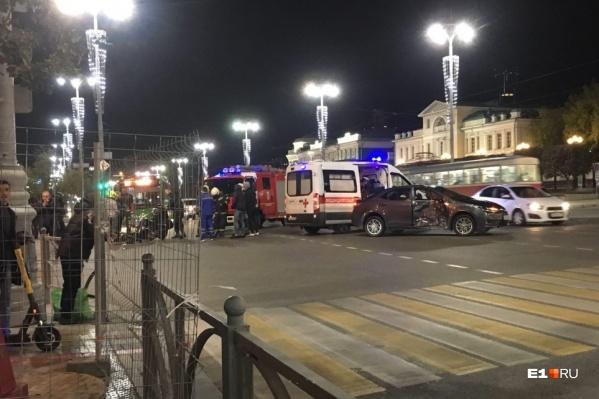 ДТП произошло на перекрестке с улицей Пушкина