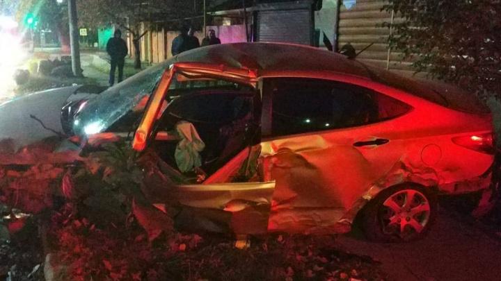 В Каменске-Шахтинском двое подростков разбились в ДТП, угнав дедушкину машину