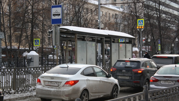 На проспекте Ленина уберут «бутылочное горлышко», где водители протискиваются в один ряд