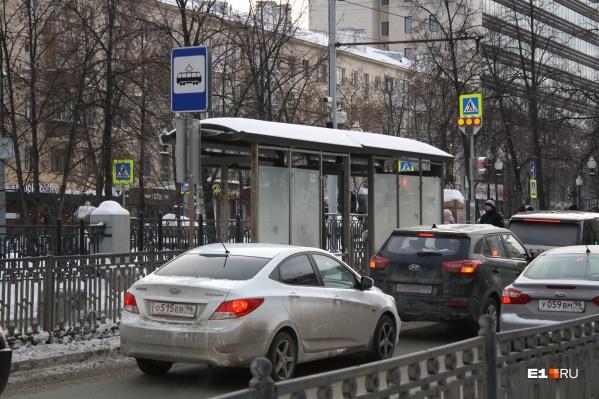 Трамвайная остановка «Улица Сакко и Ванцетти» будет перемещена за перекресток