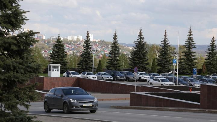 Почти 300 тысяч за колесо: власти Башкирии заказывают бронированные шины