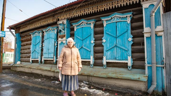 «Захожу в комнату, а тут трамвай в доме»: хозяйка знаменитого дома на ВИЗе рассказала о реставрации