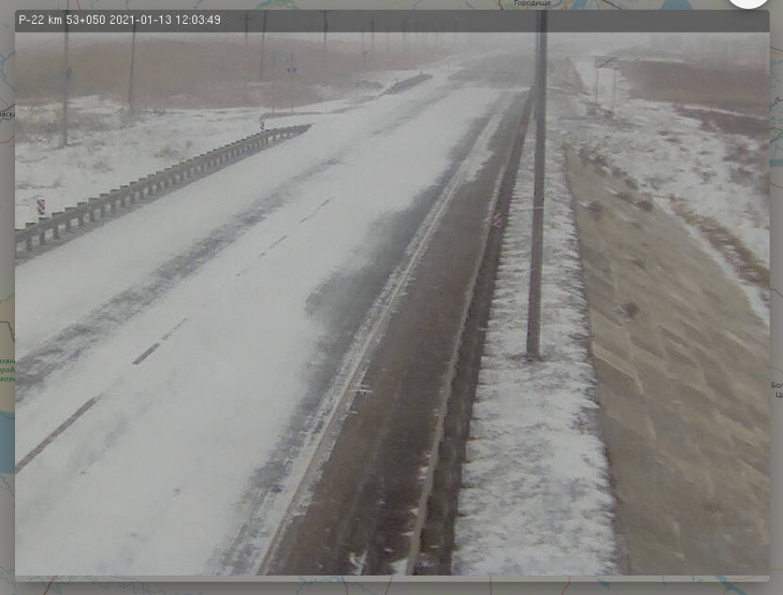 Трасса на Элисту практически полностью скрылась под снегом