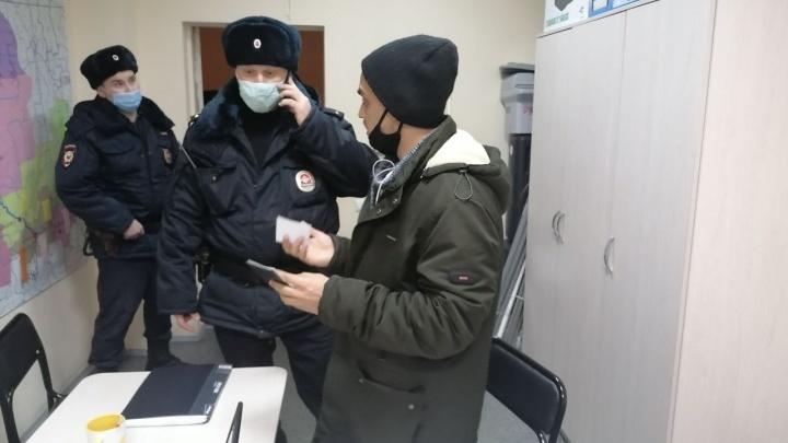 В Архангельске задержали двух активистов за видео в TikTok и Telegram