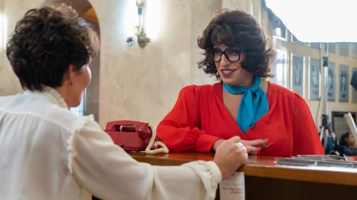 В онлайн-кинотеатре KION появилась комедия «Прабабушка легкого поведения. Начало» с Александром Реввой