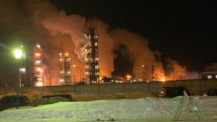 В Ярославской области с НПЗ, где случился взрыв, потребовали заплатить почти полмиллиона рублей