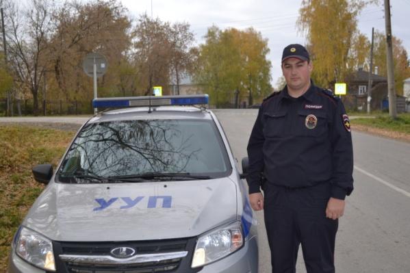 Алексей Петров спас человека в самом начале рабочей смены