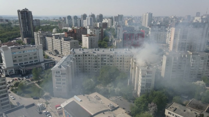 Сильный пожар на Шейнкмана сняли с высоты: видео