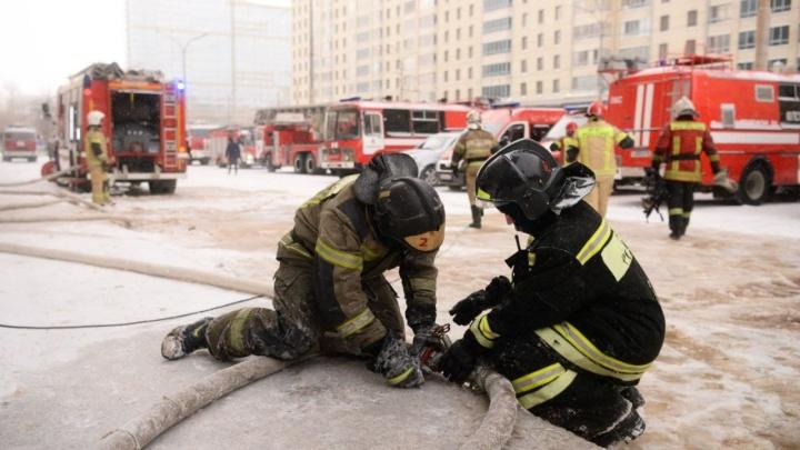 Подвела проводка. Все, что известно о пожаре в офисном здании на Белинского